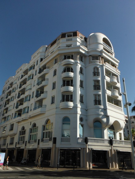 Beautiful architecture in Cannes